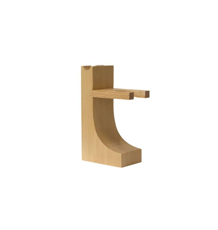 col-conk-hardwood-stand-rakstall